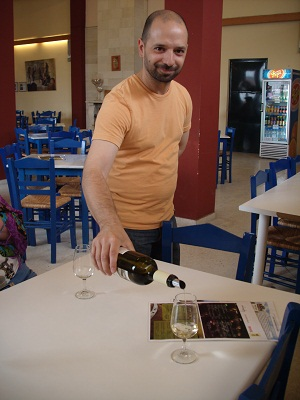 Гаспар чувствует, что белое сорта вилана нам понравилось.